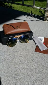 Ray-Ban | Genuine Leather Collection (New) Toronto, M5G