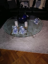 GLASS TOP COFFEE TABLE New York, 11204