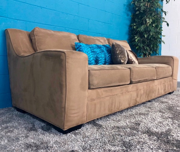 Rooms To Go Dark Tan Fabric Sofa Free Delivery