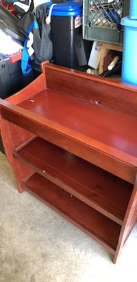 """Changing table. Great condition well maintained 38""""c38"""" Camarillo, 93010"""