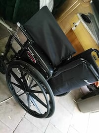 Everest jennings Wheel chair never used  Bellflower, 90707