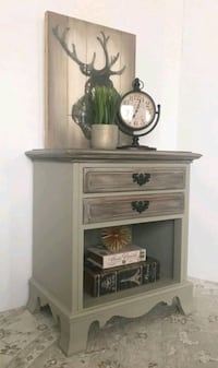 End table Little Falls, 07424