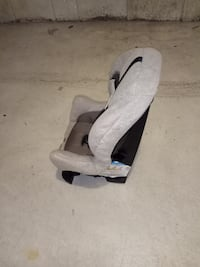 Evenfio car seat ONLY $10  Richmond Hill