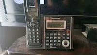 Panasonic phone system with 3 of 5 extensions  Weatherford