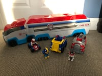 PAW Patrol - PAW Patroller Rescue & Transport Vehicle Plus Figures