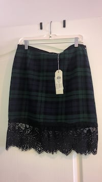 Women skirt size 8 (40) Laval, H7S 1Y3