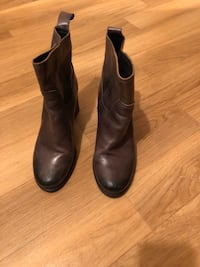 Brown Leather Ankle Boots Toronto, M9N 3L4