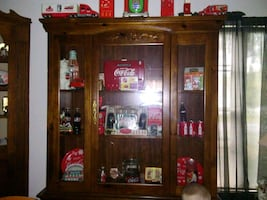 Hutch with coca cola items included