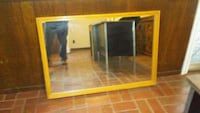 beautiful heavy oak framed mirror San Leandro, 94577