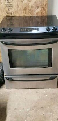 Electric Kenmore oven Tinley Park, 60477