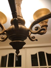 Ceiling chandelier & two wall lights/ luminaire 6 branches - Laval, H7L 4W5
