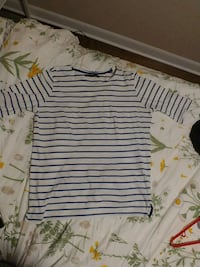 Navy and white striped shirt (size large) Guelph, N1E 3Z5
