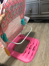 Baby wash chair  Mississauga, L5E 1Y4