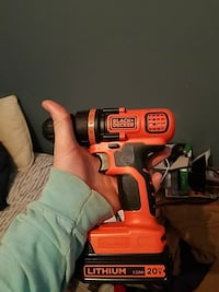 red Black & Decker cordless hand drill Mount Airy, 21771