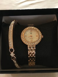 round gold analog watch with link bracelet Noblesville, 46062