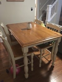 rectangular brown and white wooden dining table with chairs Wood-Ridge, 07075
