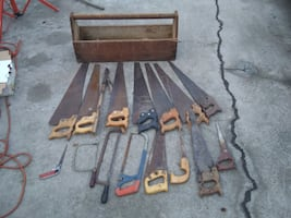 OLD saw box and saws