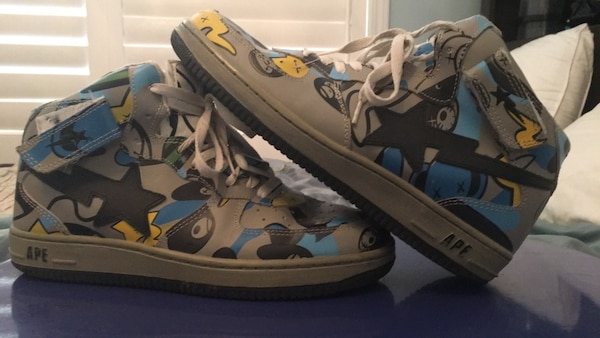 Used  USED  Bape Sta Shoes for sale in Toronto - letgo e4f0f831d