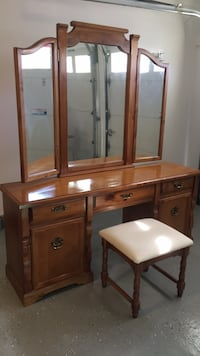 Dressing table, mirror and stool Vienna, 22181