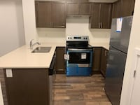 TOWN HOUSE For rent 2BR 2.5BA Pickering