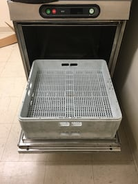 Hobart commercial dishwasher its in working condition Silver Spring, 20904