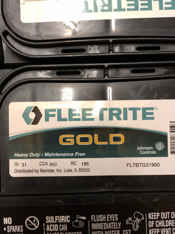 Fleetrite group 31 stud post batteries