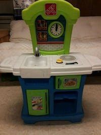 Step 2 Play Kitchen play