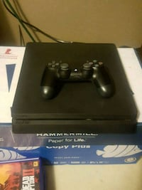 PlayStation 4 with accessories and games Broken Arrow, 74014