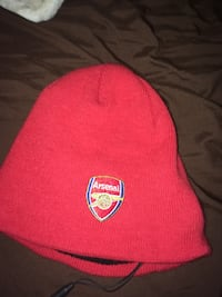Built in headphones on Arsenal touque, works great, great condition. Edmonton, T5L 3Z9