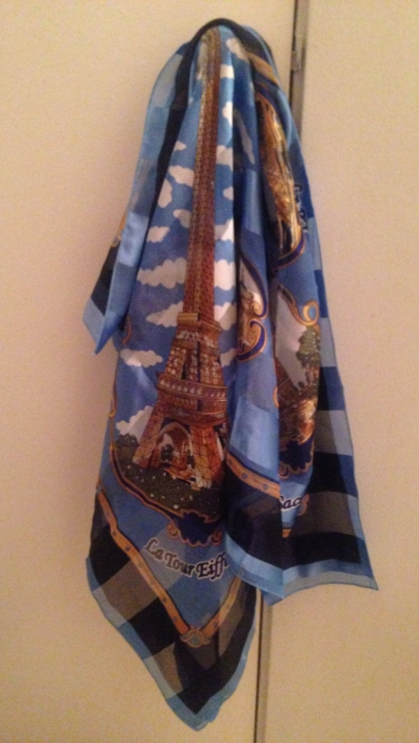 Paris Scarf