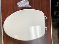 New oblong toilet seat...never installed Homewood, 60430