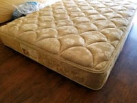 Queen mattress 150$pet smoke free no stains deli Edmonton, T5X 4A1