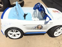 white and blue ride on toy car Fort Worth, 76133
