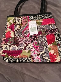 black, white, and red floral tote bag Fort Wayne, 46816
