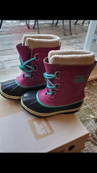 Girls boot ,Sorel- size 2