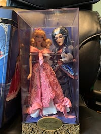 Limited edition Disney dolls Mississauga, L5R 2H8