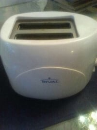 RIVAL 2 SLICE TOASTER  Pittsburgh, 15216