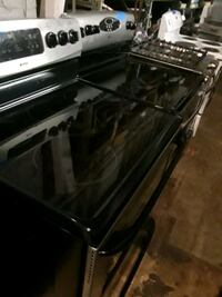 Electric stove excellent condition  Baltimore, 21223