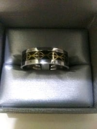 Brand New Titanium Band Ring Gold Cross size 13 Barrie, L4N 7N1