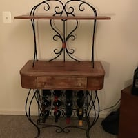 Wrought iron and wood 12 bottle wine rack Leesburg, 20175