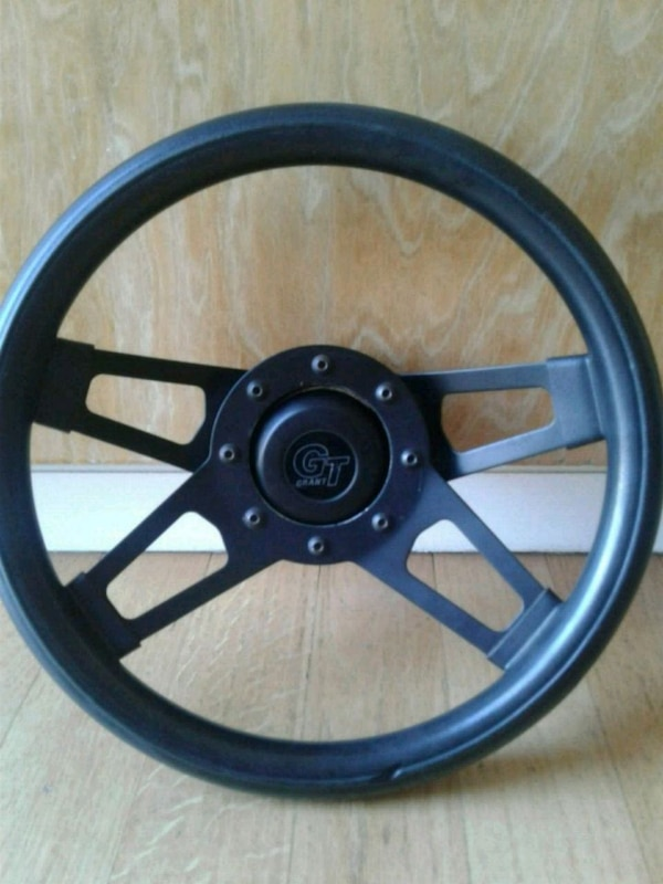 edb04c36d5e Used Used steering wheel grant GT for sale in Livermore - letgo