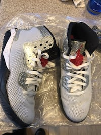 Jordan Spike Forty Red and White. Size 11  Las Vegas, 89131