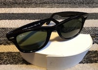 Authentic Rayban Wayfarer Sunglasses with Case Markham, L3R 8E3