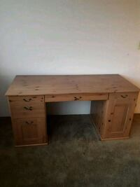 DESK - Finished Naughty Pine Port Moody, V3H 1B7