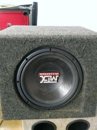 black and gray MTX Audio subwoofer Chicago, 60629