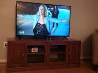 Tv Stand 60w X 24h (equipment not included) Odenton, 21113