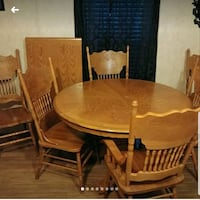 Beautiful Wood Dining Set with 6 Chairs & Leaf Bossier City, 71111