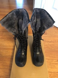 Brand new Fjord boots with fur $75 Mississauga, L5M 4Z5