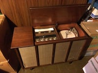REDUCED ! Zenith Console Stereo Hagerstown, 21740