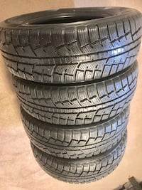 215/70/16 winter tires New like brand new set of 4 London, N6E